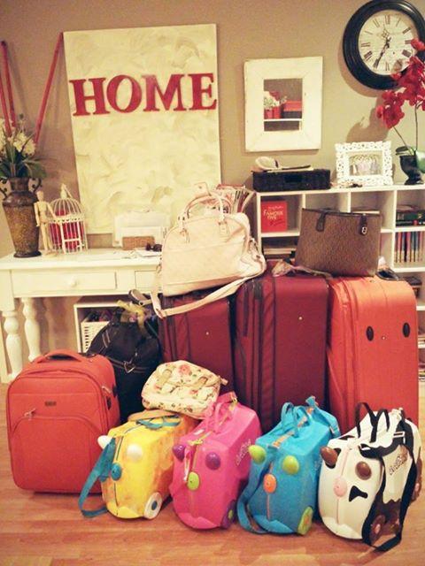 dayminus1_luggage