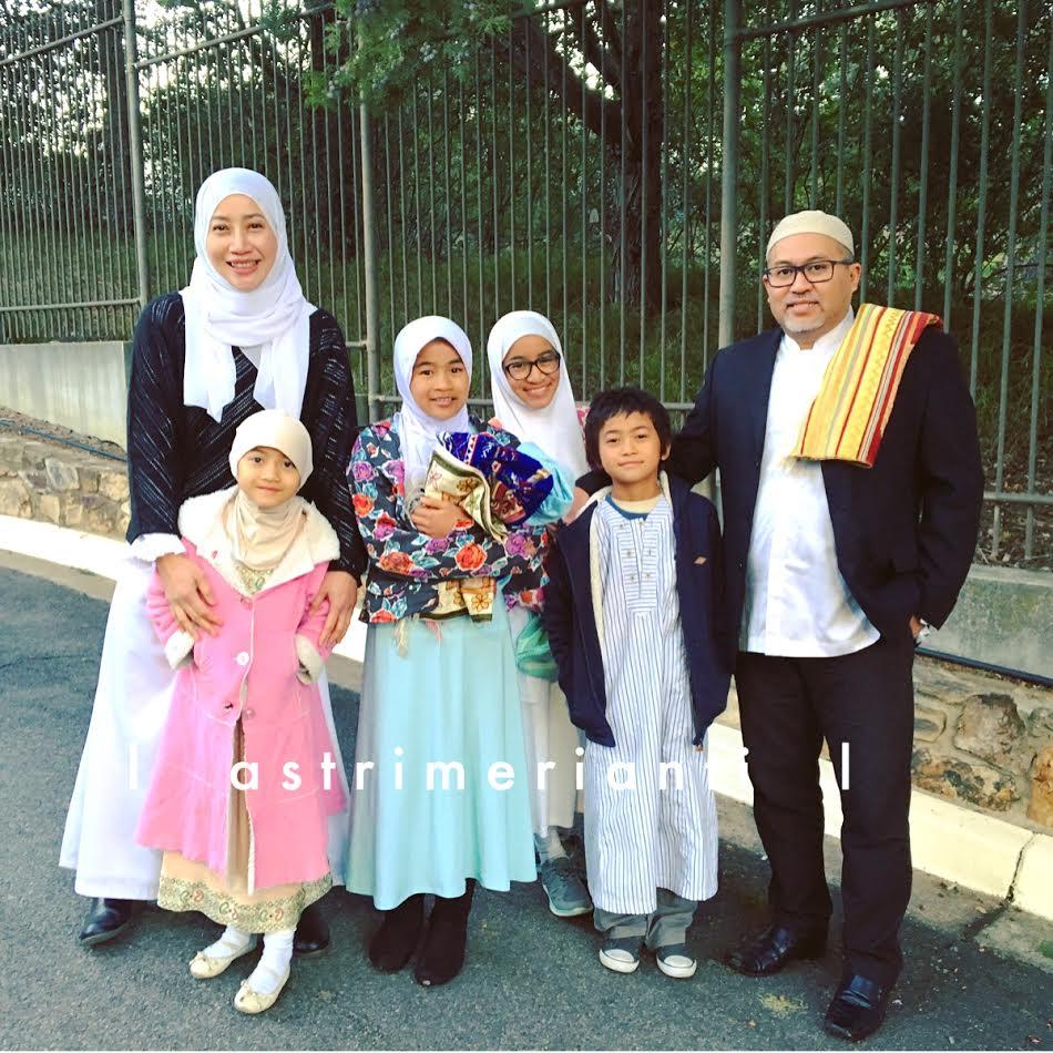 keluargafotolebaran2017